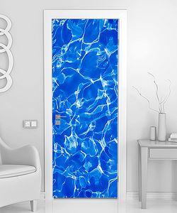 Вода в голубом море