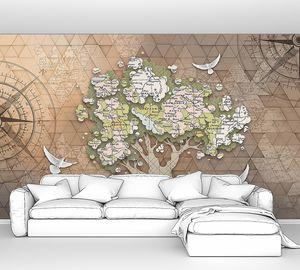 Дерево с вырезками из карт