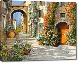 Улочка цветы и арки