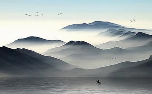 Лодка на глади озера