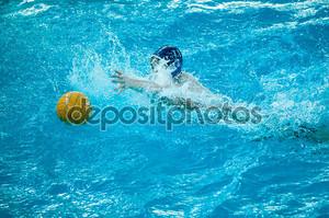 игрок водного поло