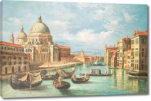 Множество лодок на канале в Венеции