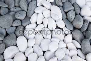 Фон черно-белой галькой