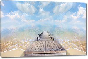 Дорога от берега в море