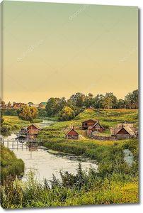 деревянный дом возле реки