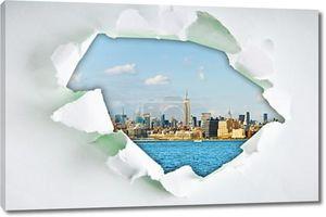 Нью-Йорк через отверстие в бумаге