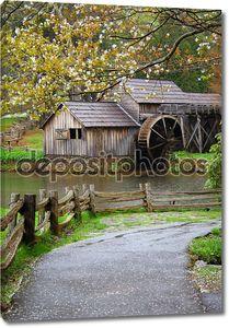 Весна на водяной мельницы