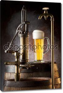 Натюрморт с пивом и бочки