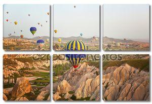 Разноцветные шары в небе Каппадокии