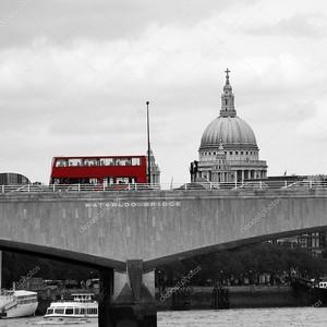Лондонский мост с красным автобусом