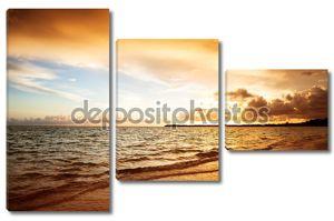 Восход солнца и Атлантического океана
