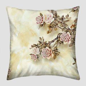 Мраморный фон, розовые винтажные розы на ветвях