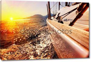 Яхта парусный против закат. Парусник. Яхты. Парусный спорт