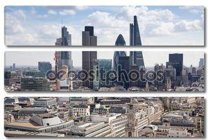 Лондон, Великобритания - 9 августа 2014 лондонское представление. Лондонский Сити один из ведущих центров глобальных финансов это представление включает башню 42, lloyeds банк, корнишон, производство раций и другой