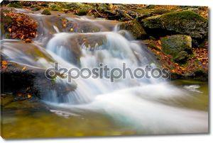 Водопад на реке