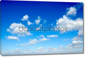 облака и небо.