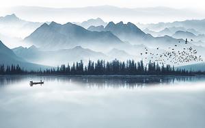 Глубокое горное озеро