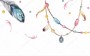 Старинные украшения из перьев, подвесок и кристаллов