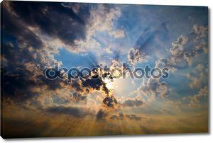 Голубое небо, солнце абстрактный фон