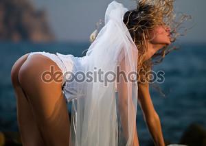 Блондинка в парандже