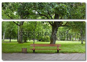 Старый зеленый парк