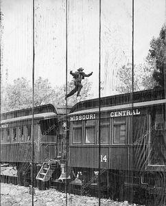 Прыжки по крышам железнодорожных вагонов