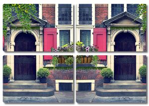 Дом с высокими дверями