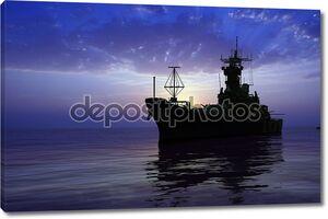 Военный корабль на фоне синего неба