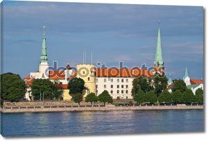 Рига, Латвия видом на замок