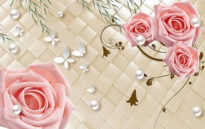 Розы на перламутровом фоне