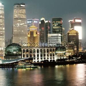 Вид на ночной Шанхай