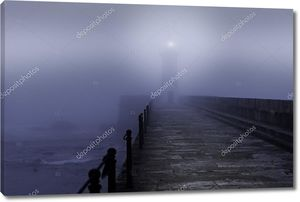 Маяк в туманный день