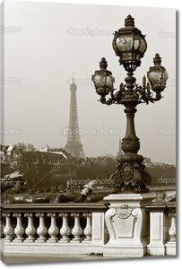 Фонарь на мосту Париже