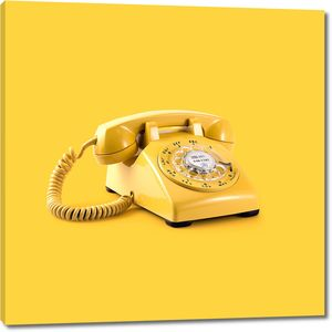 Желтый телефонный аппарат