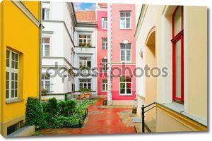 Узкая улица Риги