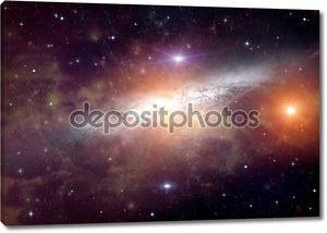 Галактика в далеком пространстве
