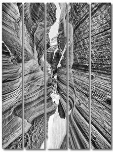 Каньон Антилопы, США. Великолепный вид на скалы и ближайшие свет.