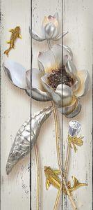 Лотосы  с золотыми рыбками