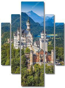 Neuschwanstein Fairytale Castle near Fussen, Bavaria, Germany