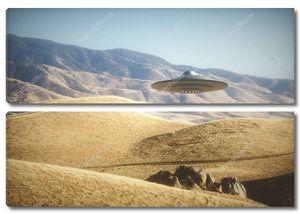 Космический корабль пришельцев над песками
