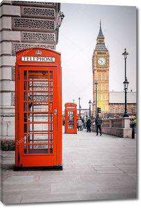 Красные телефонные будки в Лондоне Великобритания