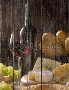 Вино и сыр, хлеб