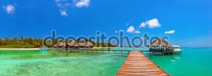 тропический остров Мальдивов