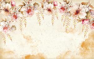Бежевые цветы на размытом фоне