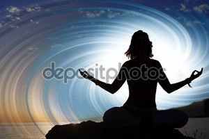 девушка в позе йоги