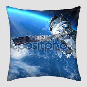 Космической станции или космический корабль путешествия в орбите вокруг планеты Земля.