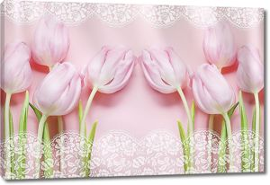 Тюльпаны с кружевом по краю