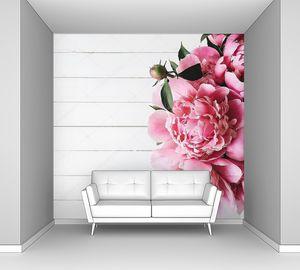 Вид сверху букет розовых пионов