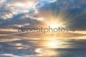 красивый восход солнца над морем