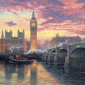 Прекрасный туманный Лондон ранним утром